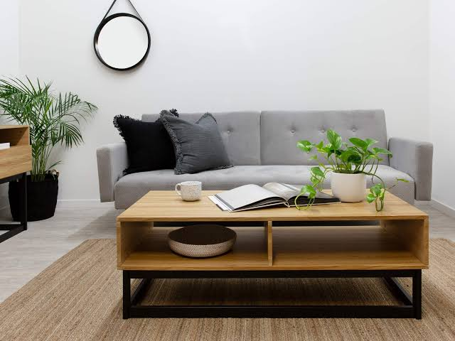 How to pick a living room table for your new house?